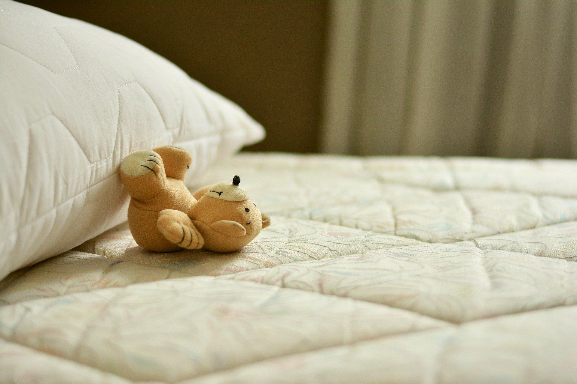 mattress-2489615_1920