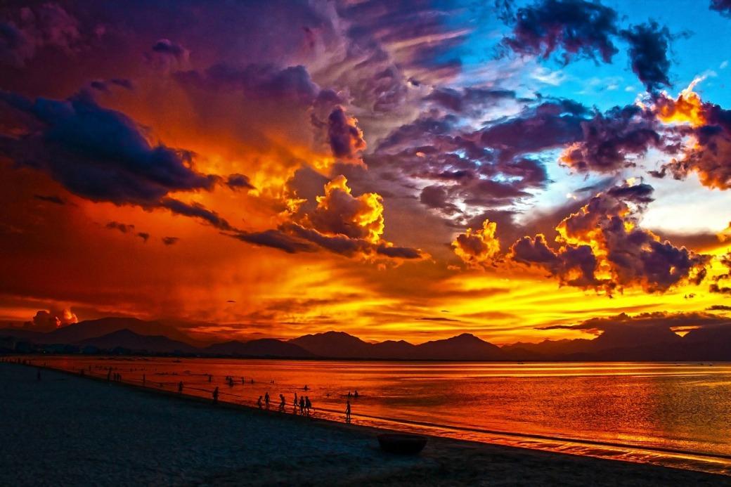 beach-164288_1280