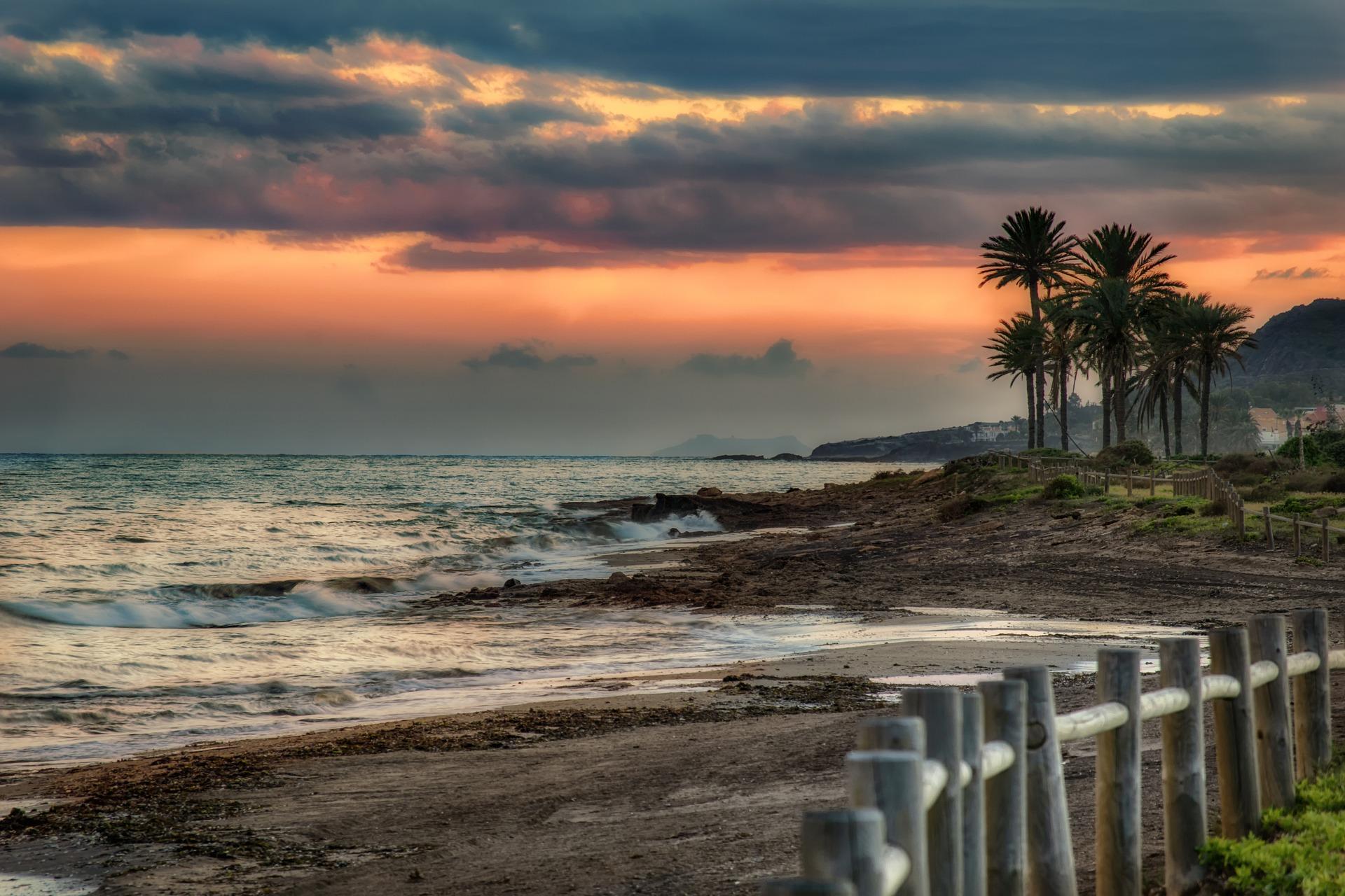 beach-3790646_1920